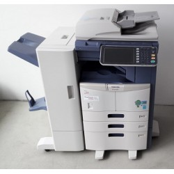Toshiba e-Studio 257 Farbkopierer, Drucker, Scanner, Finisher