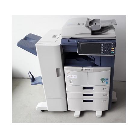 Toshiba e-Studio 257 Farbkopierer, Drucker, Scanner, Finisher